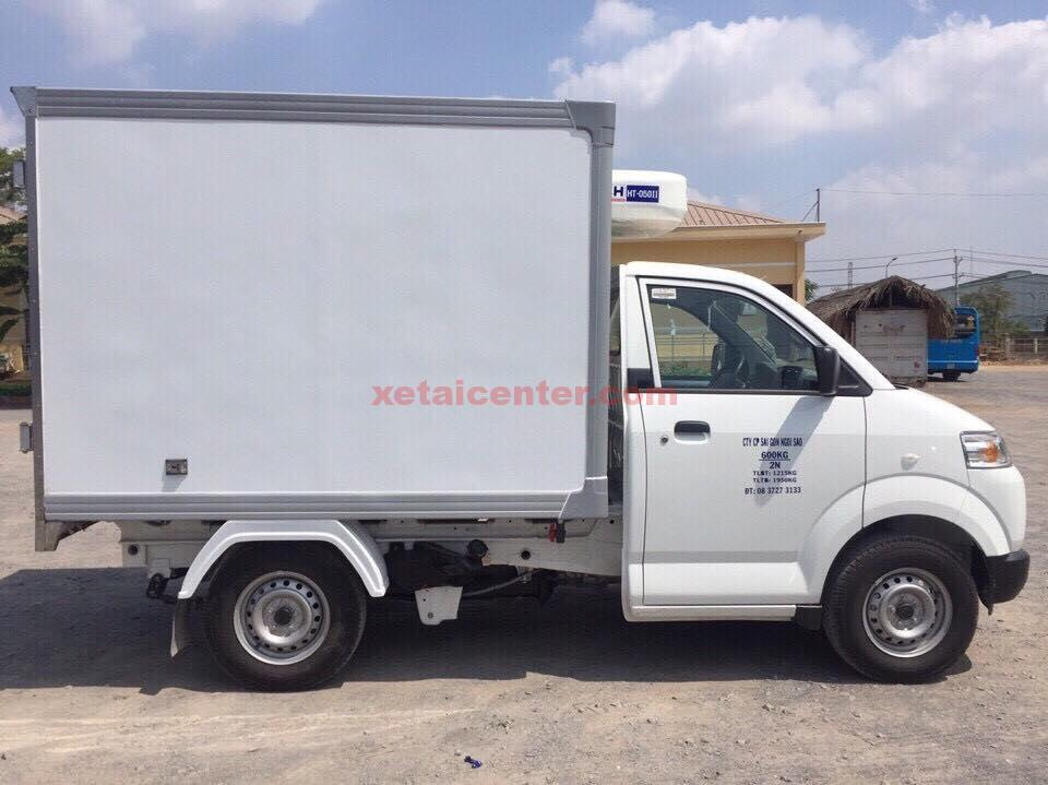Xe tải 750 kg thùng compiste