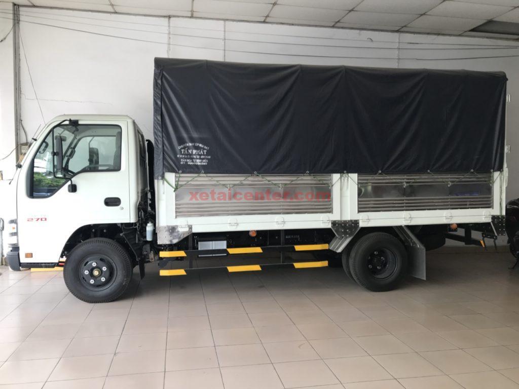 xe tải 2.5 tấn isuzu thùng mui bạt