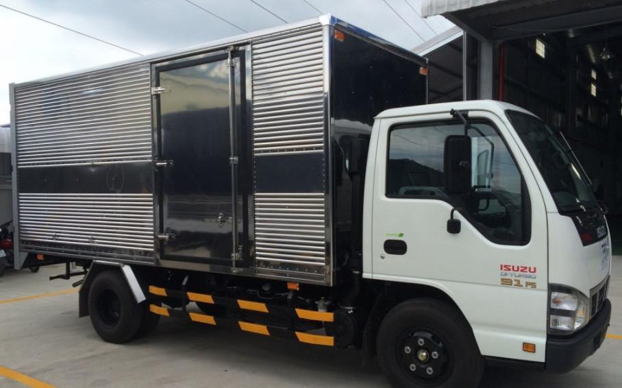 xe tải Isuzu qkr 270 thùng kín