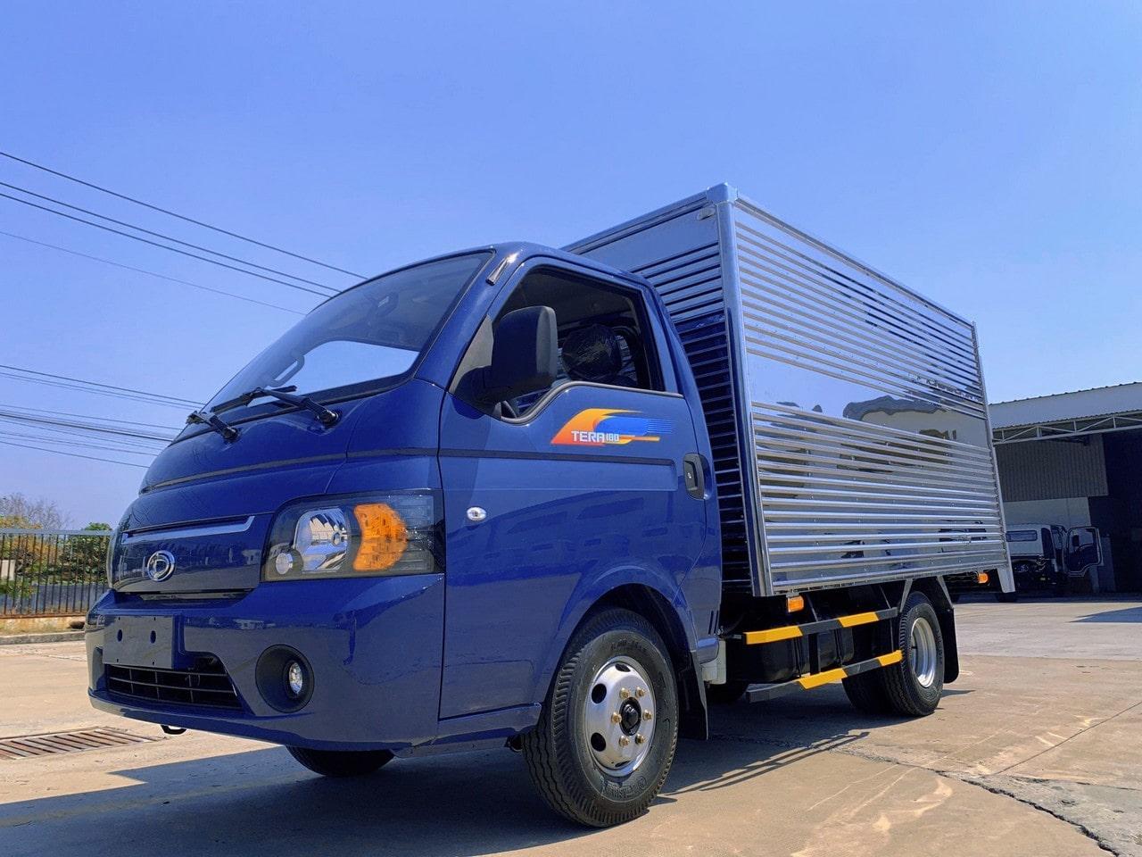 Ngoai thất xe tải Tera 1.8 tấn