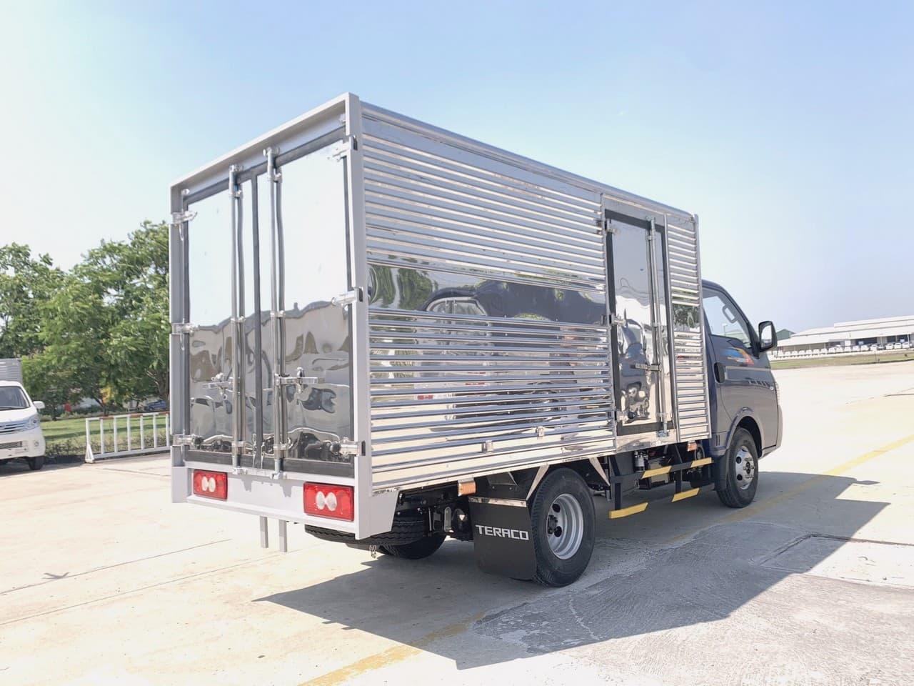 thùng xe tải Tera 180 1T8
